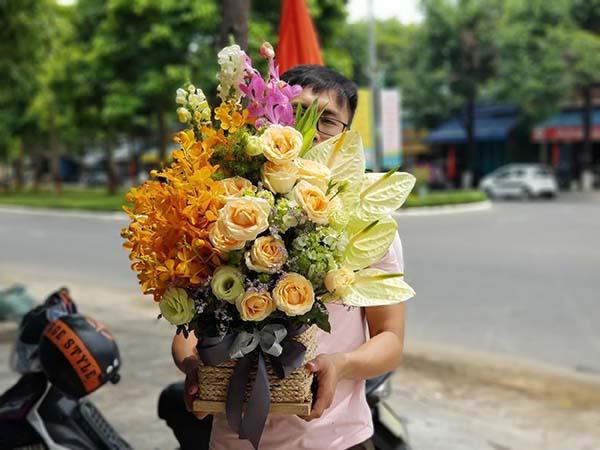 Hoa là tặng phẩm của tình yêu