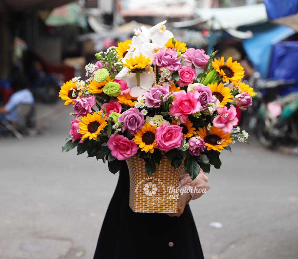 hoa sinh nhat yeu thuong dong day