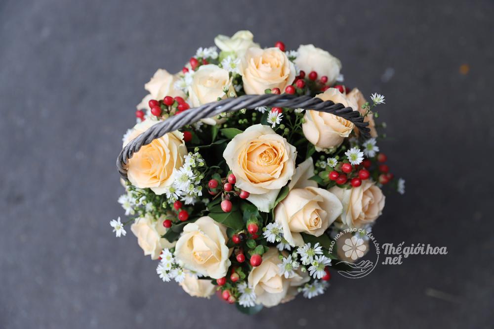 hoa yêu nhiều