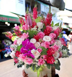 Lẵng hoa sinh nhật tình yêu trìu mến