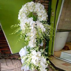 Vòng hoa tang Tin Lành Kính viếng