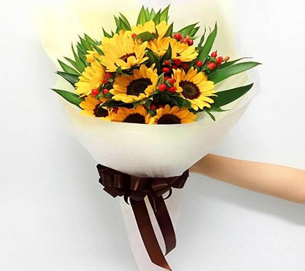 Hoa tặng sinh nhật đầy sức sống