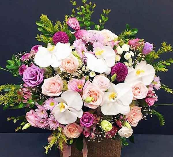 Tặng hoa sinh nhật
